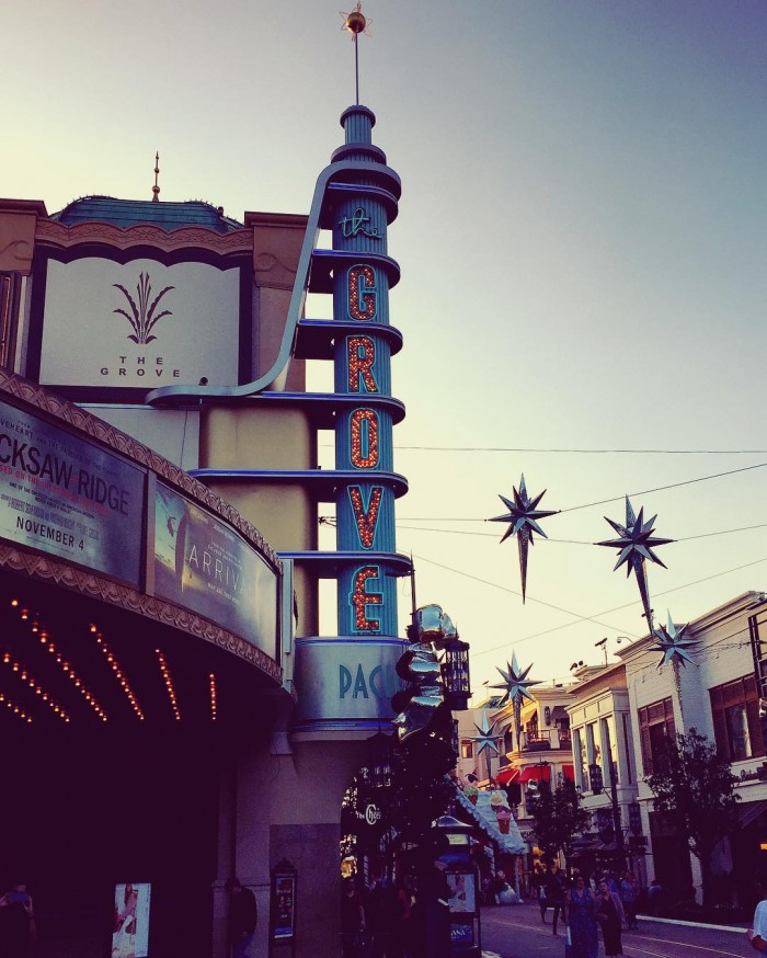 the-grove-movie-theater-shopping-center-by-walkonwater96-11-30-2016-1