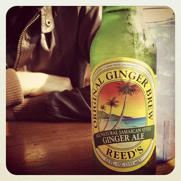 ginger-beer-and-thai-food-at-cholada-restaurant-in-malibu-on-pch-by-marvellstreet-12-4-2016-1