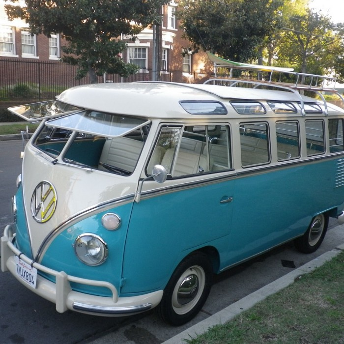 1963 volkswagen vanagon vw bus with 23 windows malibu mart for 1963 vw bus 23 window