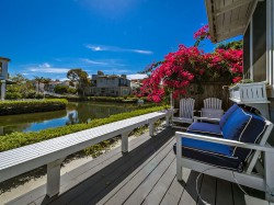 Venice Canal Cape Cod Style Vacation Home